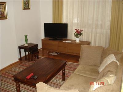 Inchiriere apartament 3 camere, 1 Mai - Ciuperca