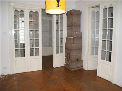 Calea Mosilor - Obor,  apartament elegant in vila 170 mp , 7 camere