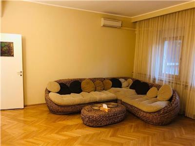 Vanzare apartament 3 camere, Calea Victoriei