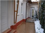 Mosilor, casa cocheta singur curte renovata si mobilata modern