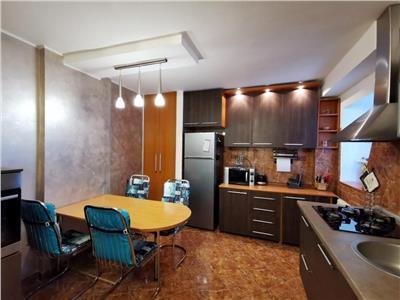 Apartament 3 camere, bulevardul Tineretului - stradal, Parc
