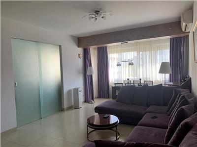 Vanzare apartament 4 camere, Quadra Place
