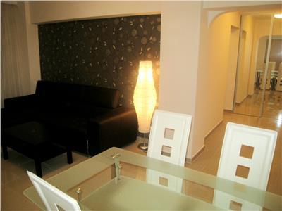Inchiriere apartament 3 camere, Piata Romana - Universitate