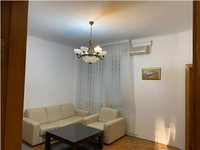 Inchiriere apartament 3 camere, Piata Romana - Magheru