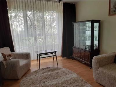Se vinde apartament 4 camere decomandat 2 bai