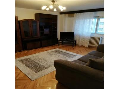 Inchirere apartament 2 camere, decomandat Piata Unirii