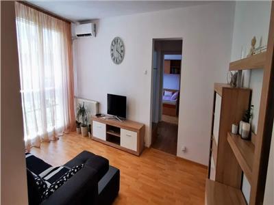 Vanzare apartament 3 camere semidecomandat aproape metoru titan si Parc Ior