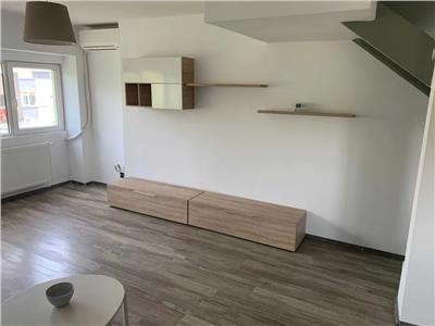 Vanzare apartament 3  camere decomandat (geam la baie) (DUPLEX)
