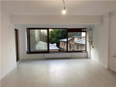 Vanzare apartament 3 camere, Polona - Eminescu, imobil nou