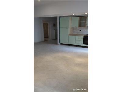 De vanzare apartament 3 camere, Unirii, Bd. O. Goga, stradal, vedere mixta,1/8, 90 MP