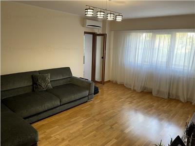 Inchiriere apartament 3 camere decomandat 2 bai (str. Mircea Voda) intersectia cu Bd. Unirii