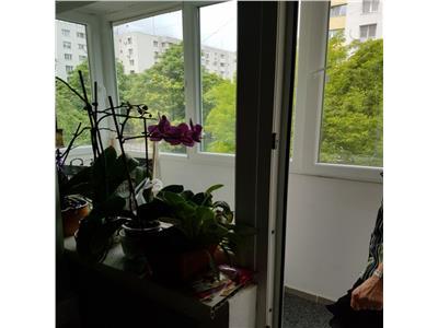 Vanzare apartament 4 camere decomandat Dristor